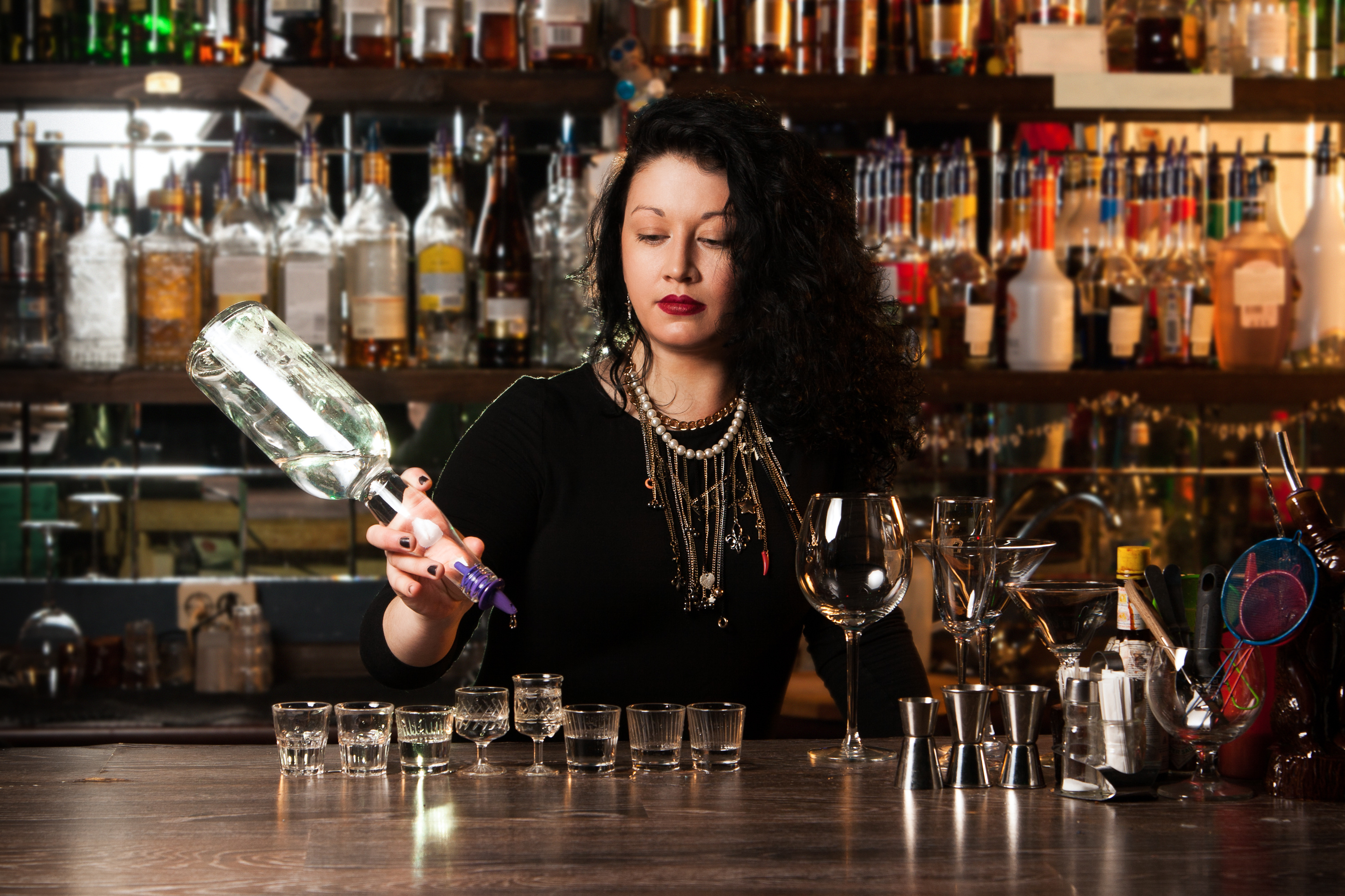 Knowing The Five Types Of Bartender Personalities Abc