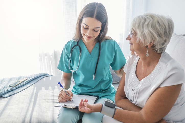 Why Becoming a Home Health Aide is a Smart Move